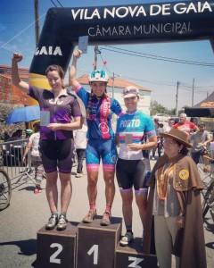 podio meia maratona bora de avintes feminino